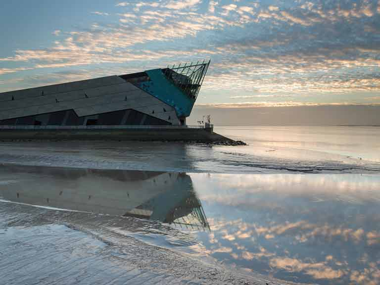 The Deep, Hull's stunning aquarium (c) Phil MacD Photography / Shutterstock.com