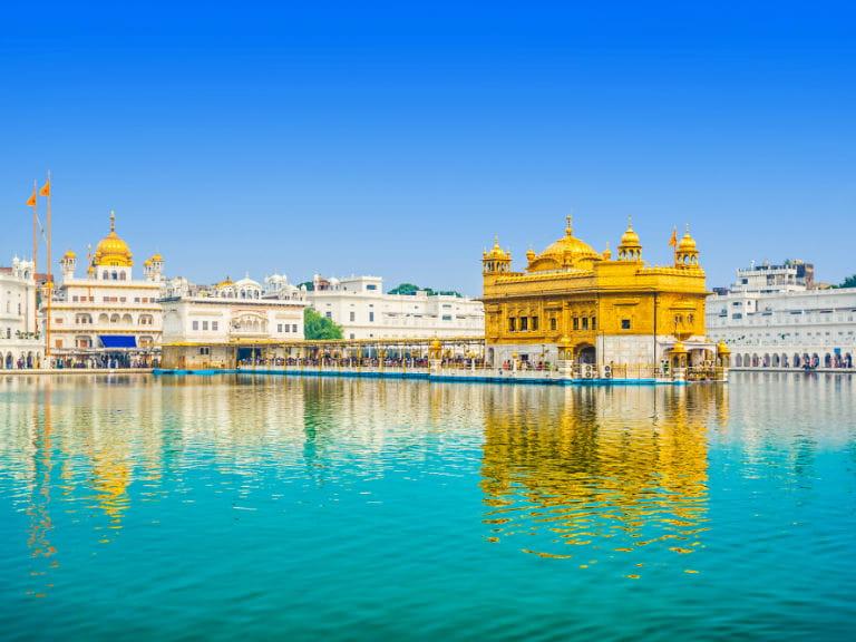 describe golden temple