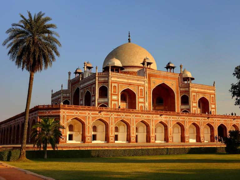 5 Historical Sites To See In Delhi Saga