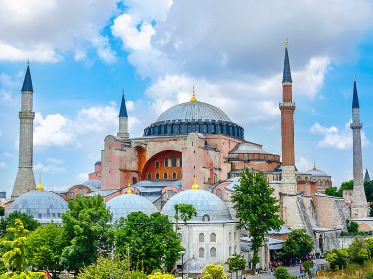 View of Hagia Sophia, Christian patriarchal basilica, imperial mosque and now a museum (Ayasofya M�¼zesi), Istanbul