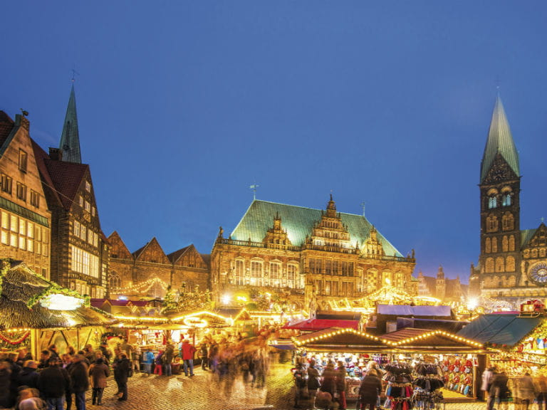 The Christmas market in front of Bremen City Hall, Germany