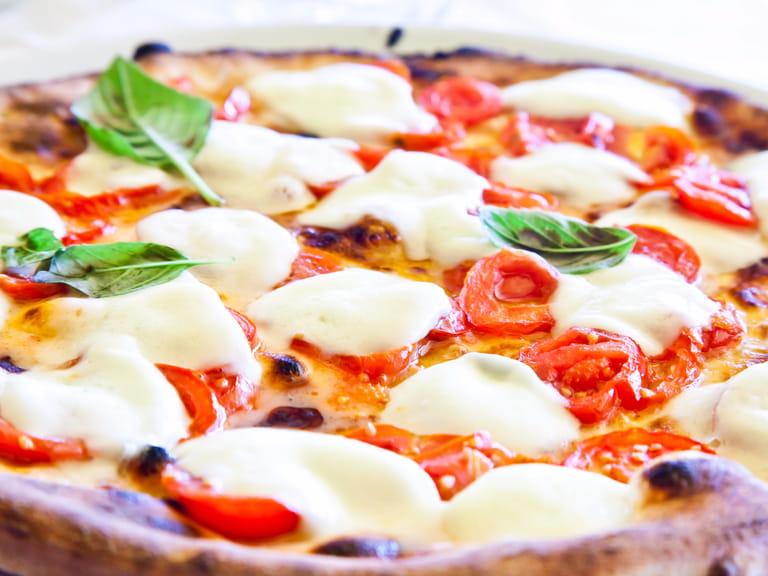 italian drink italy pizza traditional napoleon europe travel saga mozzerella tomatoes magazine naples