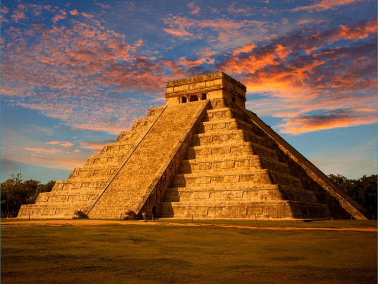 El Castillo (The Kukulkan Temple) of Chichen Itza, mayan pyramid in Yucatan, Mexico=