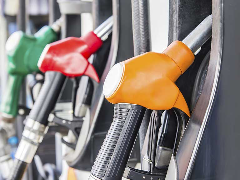 Filling up your car with petrol: six things you didn't know
