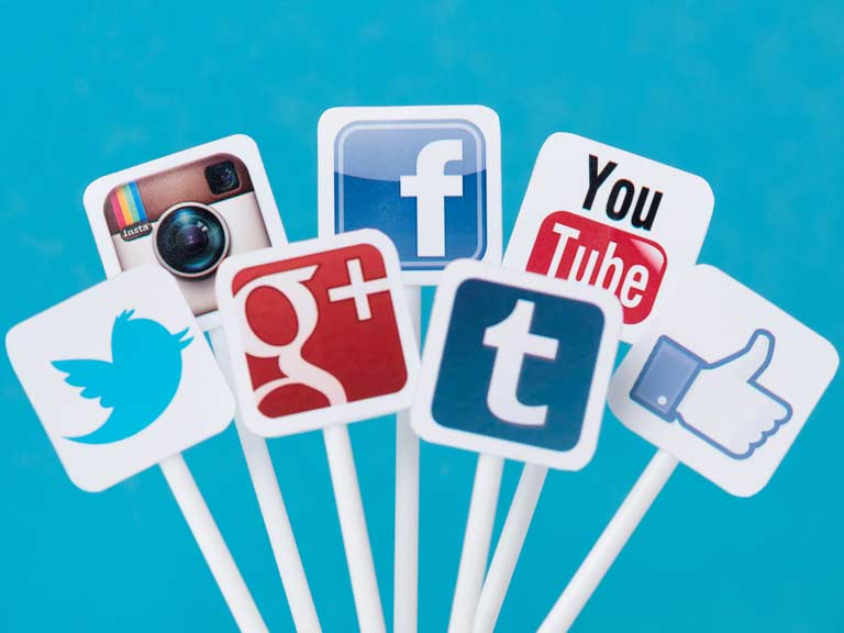 7 Tips For Using Social Media Sites Safely Saga